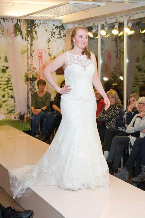 Huisshow-bruidsjurk_Bruid-en-Bubbels_09