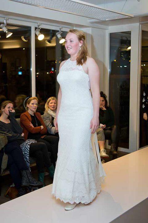 Huisshow-bruidsjurk_Bruid-en-Bubbels_14
