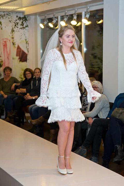 Huisshow-bruidsjurk_Bruid-en-Bubbels_15