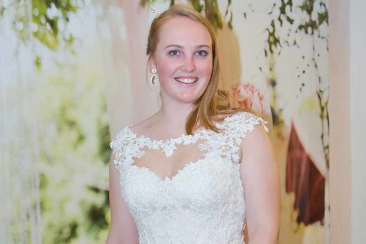 Huisshow-bruidsjurk_Bruid-en-Bubbels_23