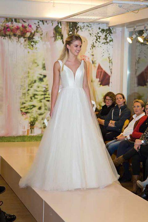 Huisshow-bruidsjurk_Bruid-en-Bubbels_34
