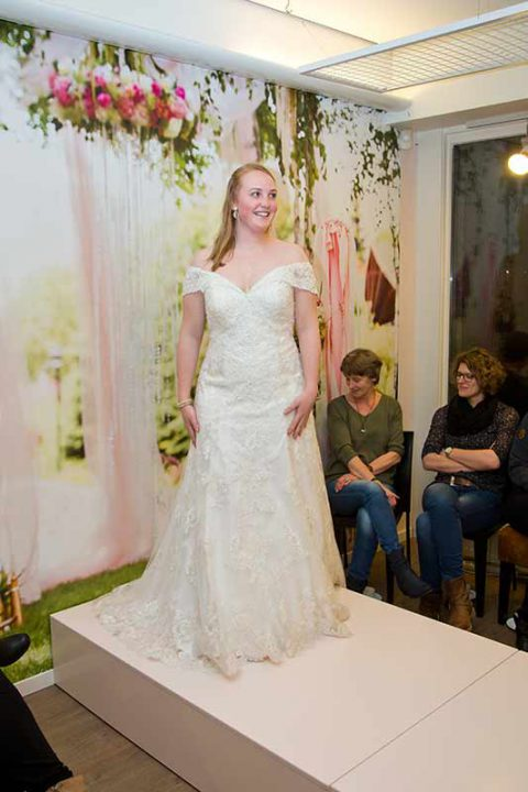 Huisshow-bruidsjurk_Bruid-en-Bubbels_48