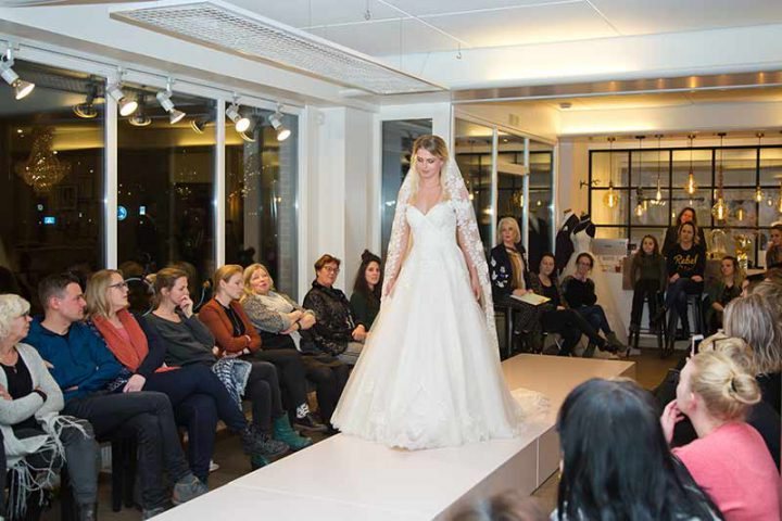 Huisshow-bruidsjurk_Bruid-en-Bubbels_50