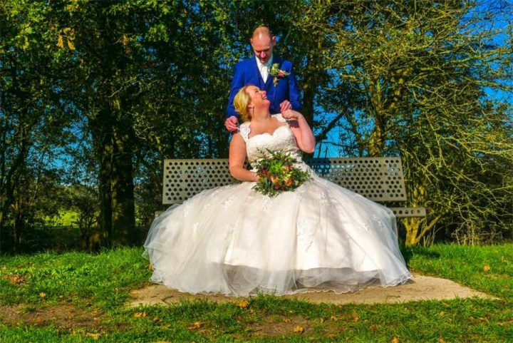 Bruid-en-Bubbels_bruidsjurken_bruidspaar-Barry-Saskia-01
