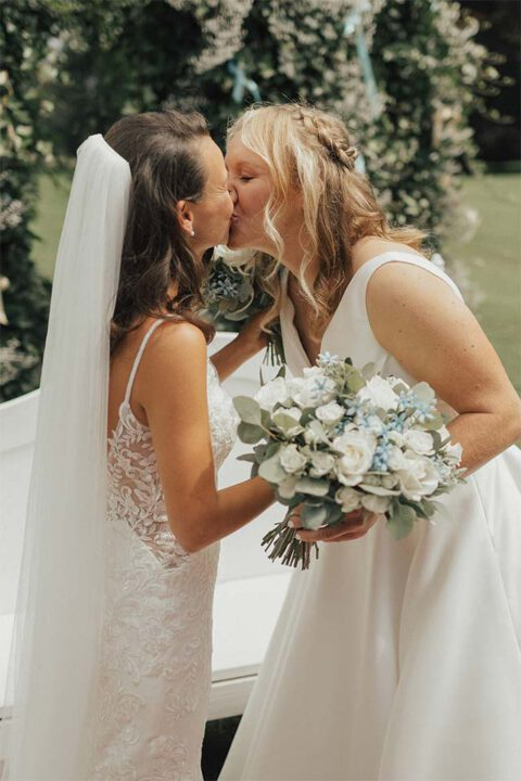 onze-bruiden-Stefani-Leslie-02_Bruid-en-Bubbels-Leeuwarden
